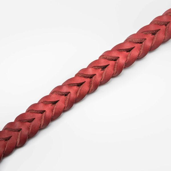 Flätat hundhalsband i rött läder